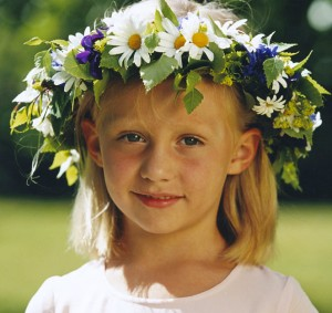 Midsummer_Girl_Sweden-web